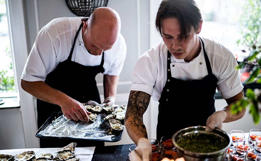 i-need-a-chef-kitchen-staff
